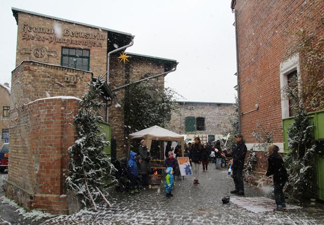 Adventsmarkt 2017 Saalestraße Halle Trotha ateliergemeinschaft kunstrichtungtrotha (30)