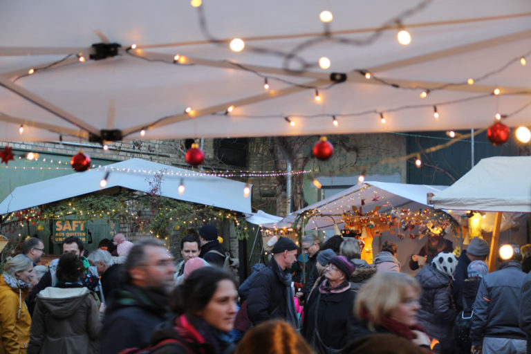 Adventsmarkt in Halle-Trotha kunstrichtungtrotha saalestraße (11)