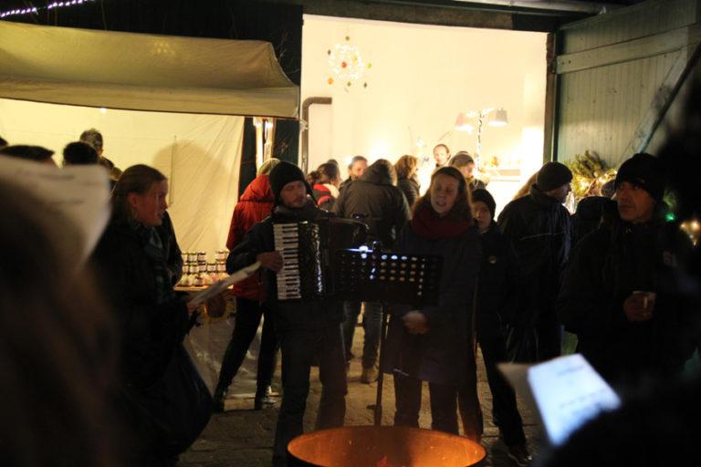 Adventsmarkt in Halle-Trotha kunstrichtungtrotha saalestraße (18)