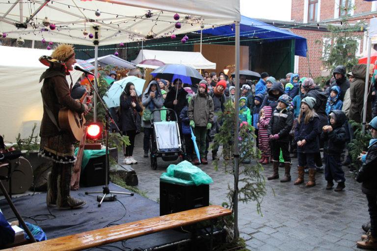 Adventsmarkt in Halle-Trotha kunstrichtungtrotha saalestraße (22)