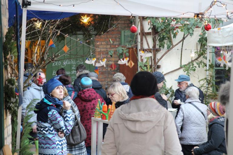 Adventsmarkt in Halle-Trotha kunstrichtungtrotha saalestraße (5)