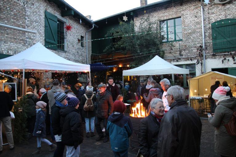 Adventsmarkt in Halle-Trotha kunstrichtungtrotha saalestraße (7)