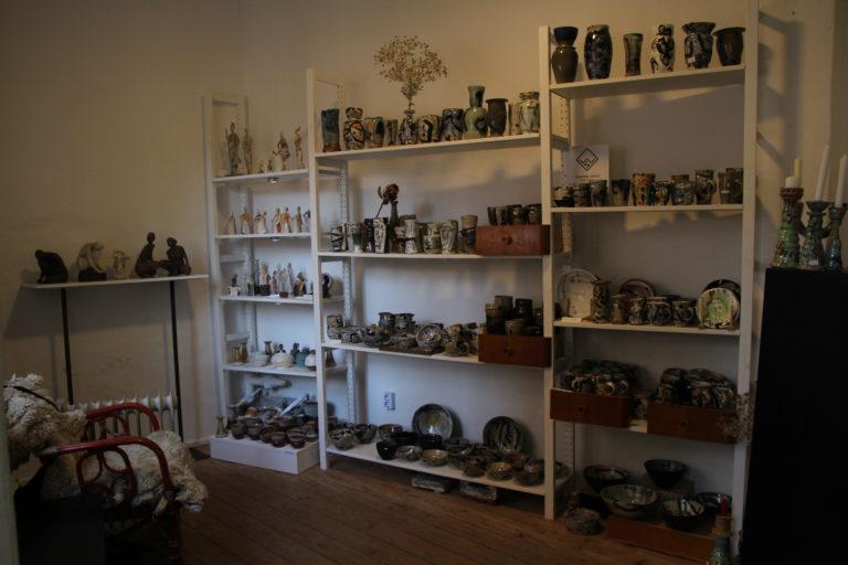 Christin Müller und Suse Weise im Galerieladen